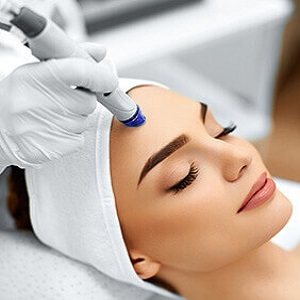 Preparing for microdermabrasion facial